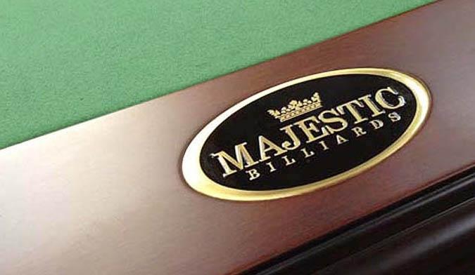 Table de pool Moderna 9 pieds de Majestic Billard avec accessoires
