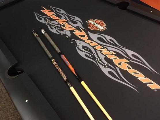 Tapis de billard 4 x 8 Harley Davidson Radical Flames