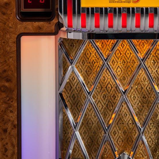Crosley Slimline retro Bluetooth jukebox