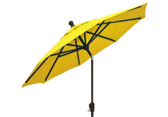 7½ foot lemon yellow market umbrella