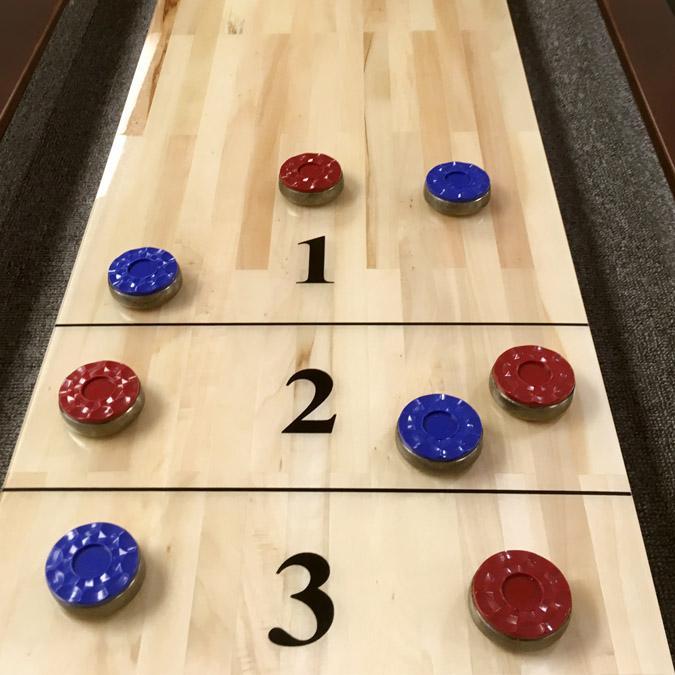 Table de jeu Shuffleboard 12 pieds Majestic au fini noyer