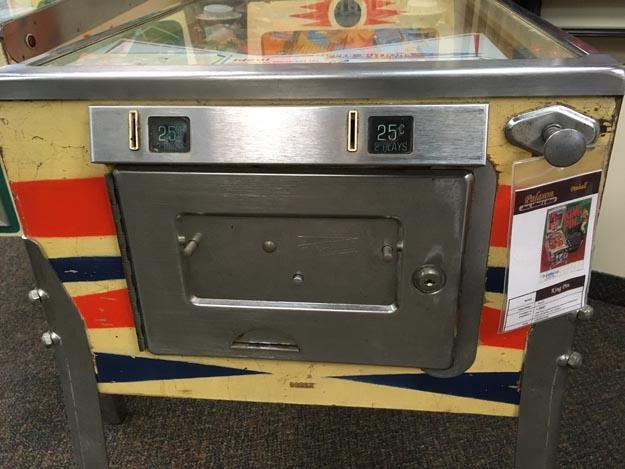 Machine a boules Pinball antique rare EM Gottlieb King Pin de 1973