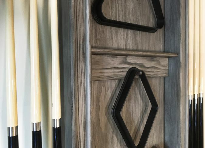 Support à baguettes billard mural fini bois de grange
