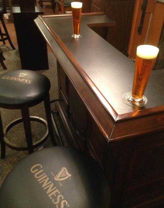 Bar guinness pour la maison - Deco pour bar maison ...