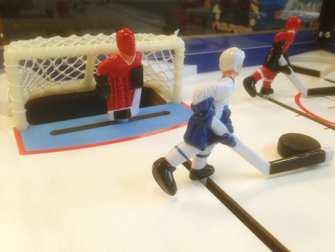 Table de hockey avec tiges Internationale